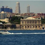 3884834-Dolmabahce_palace-Istanbul